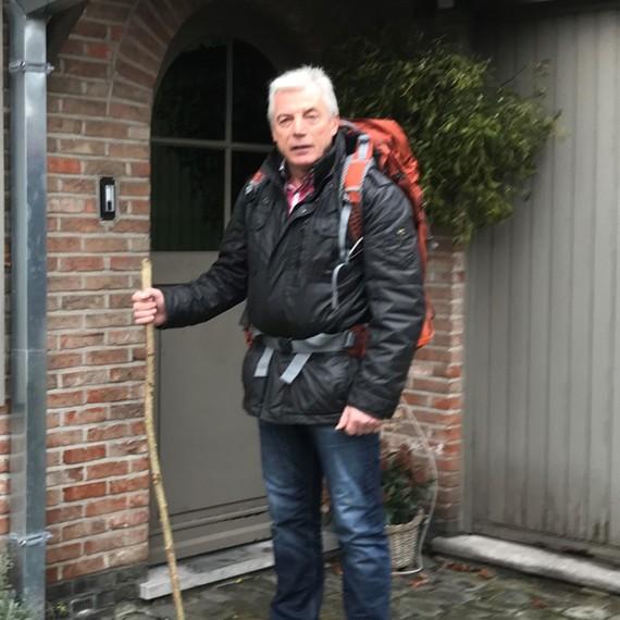 Dirk Corrijn gaat te voet naar Compostella